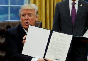 Hoa Kỳ siết chặt chính sách nhập cư: Quyết định gây nhiều tranh cãi của chính quyền Donald Trump
